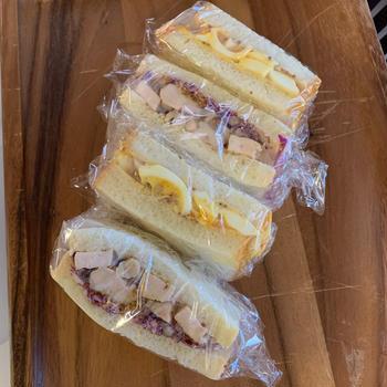 トリュフ風味 エッグサラダ&チキンサンドイッチ