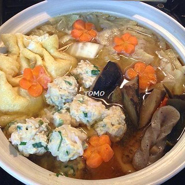 おせち料理リメイク&ダイエットに!お煮しめと糸こんにゃく入り鶏団子の味噌鍋