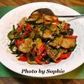 豚ヒレ肉とポブラノチリの炒め物のレシピ