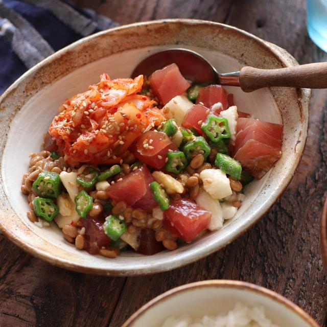 ご飯にのせてガッツリうまい!まぐろとたたき長芋のキムチ納豆