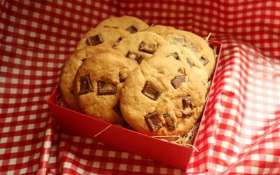 チョコたっぷり!!ザクザクアメリカンクッキーを作ろう!!