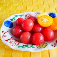 ミニトマトと金柑のピクルス。