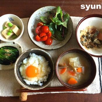 卵かけごはんと野菜の和定食で朝ごはんと、ただのゆるゆるしたコメントへの絡み