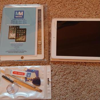 iPadのガラス画面を直した件