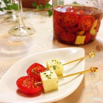 セミドライトマトのハーブオイル漬け