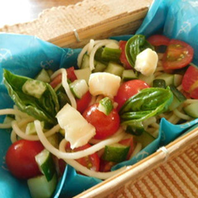 カマンベールとトマトの冷たいパスタ