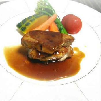 フォアグラと大山鶏のソテー~野菜のグリル添え~