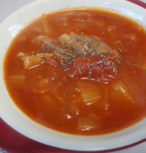 白菜と豚ばらのトマトスープ