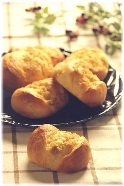ハニージンジャー ミルクパン。 と サンドイッチ。
