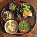 一汁三菜ごはん◆キャベツの春巻き、炒り豆腐、ブロッコリーとカリフローレの酒粕ごまだれあえ