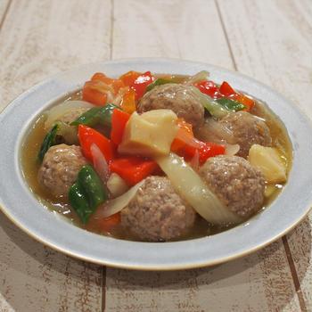 野菜中華で白ワイン ~揚げない肉団子の酢豚風~