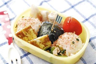 幼稚園のお弁当と丼ぶり シマ博覧会の日程と内容
