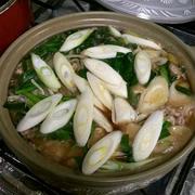 スープもゴクゴク☆豚バラ肉と野菜の鍋♪ニンニク醤油味♪