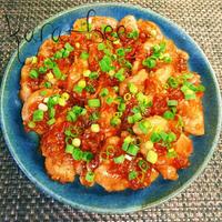 市販のタレ+αで簡単激ウマ*豚肉のピリ辛玉ねぎ照り焼き