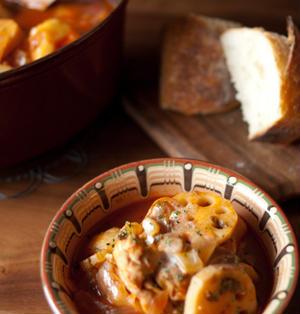 トマトジュースで作るチキンと蓮根のシチュー