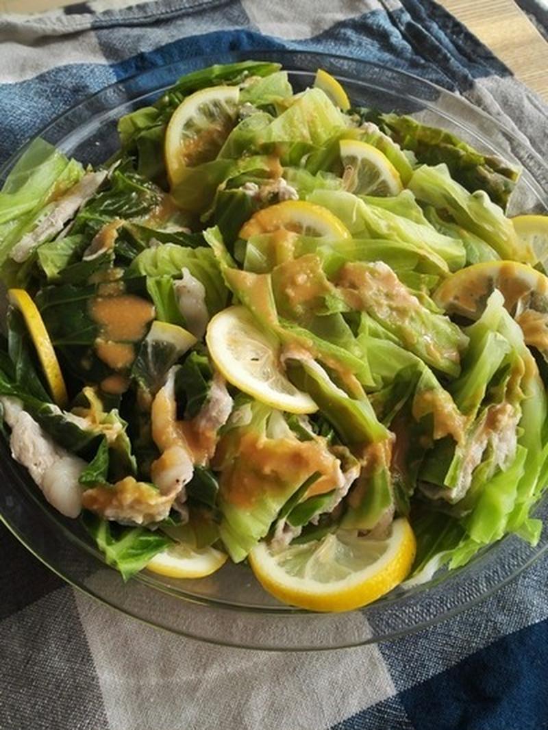 ■キャベツと豚のレモン風味のレンジ蒸し<br><br>忙しい時のお助けメニュー。キャベツと豚薄切り肉...