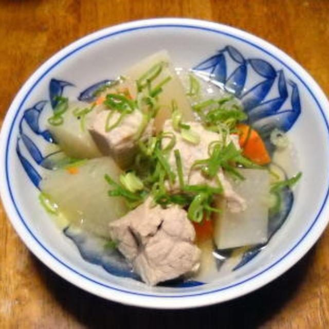 豚肉と大根のスープ煮