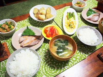 和定食のシンプル美味しい煮物&スーパーで買っておいて良かったもの!