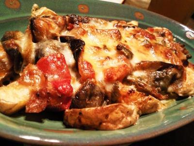 使いまわしラタトゥイユとフライドポテトのチーズ焼き