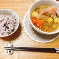 ニンニク風味の食べるおかず中華スープ