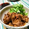 肉骨茶(バクテー)。エスニックなスペアリブの煮込み料理。