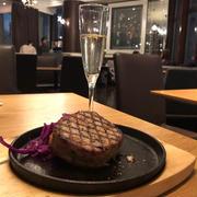 渋谷 グリーングリル 毎日17時30分〜19時のハッピーアワーで良質なビールやワインが300円!