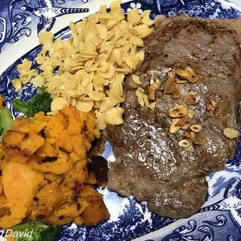A5和牛ステーキ・バターライス・南瓜・ブロッコリー・パスタ・ケールサラダ・トマトスープ
