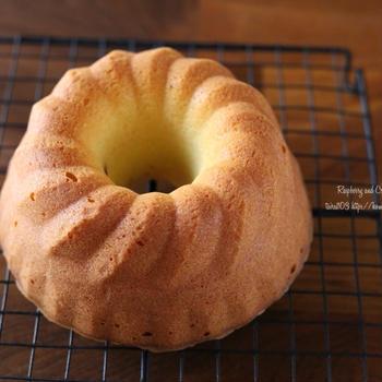 新しいクグロフ型で♪ラズベリー&チーズのケーキと蒸しパン練習②❁