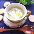 レンジで5分豆腐と長ネギのごま油香る鶏ガラスープ