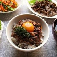 正田醤油の『冷凍ストック名人 プルコギの素』でプルコギ丼を作ったり、巻き寿司を作ったり♪