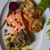 秋鮭のクミンオイルソテー タプナードソース添え