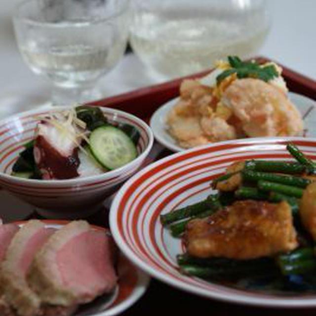 「にんにくの芽と豚肉の炒めもの」「鴨の塩麹ロースト」「たことわかめの酢の物」「海鮮鍋」