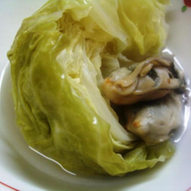 キャベツと蒸し牡蠣のスープ煮