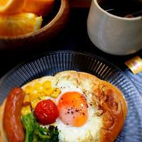 リプトンと朝食全部乗せパンと簡単カレーパン