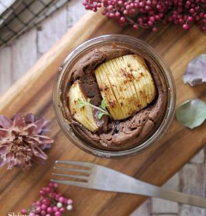 極上な組み合わせ♡簡単だけど豪華なチョコケーキ|【アップルシナモンのチョコレートバターケーキ】