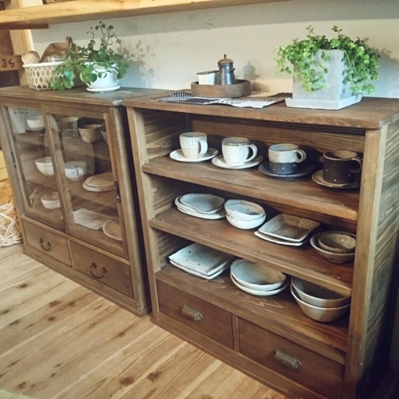 """""""見せる""""収納をするときは、とにかく「シンプル」であることが大事。食器の数が多い方は、本当にそれが必..."""