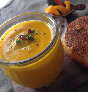 かぼちゃとリンゴの冷たいスープ