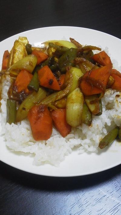 干し野菜のドライカレー~仕事中でも作れる料理~