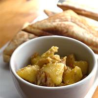 サーモン入りポテトサラダ(カレー風味)のホットサンド