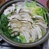 創味シャンタンで簡単餃子鍋