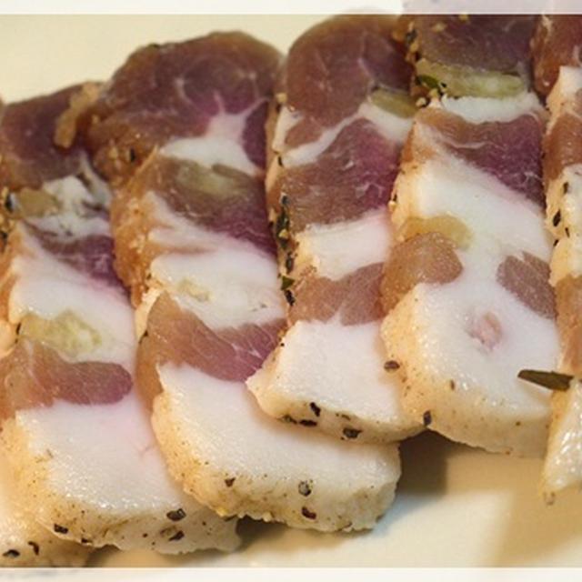 ロシア風豚バラ肉の塩漬け サーラ сало