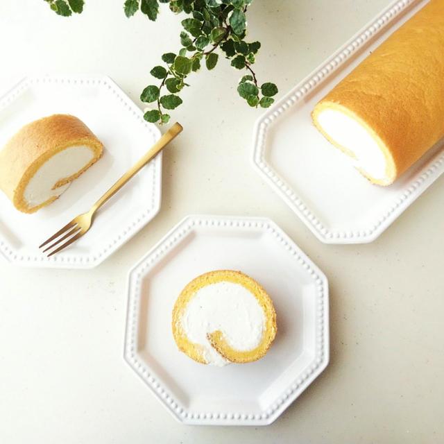 チーズクリームのシフォンロールケーキ《オーブン付属の天板使用》