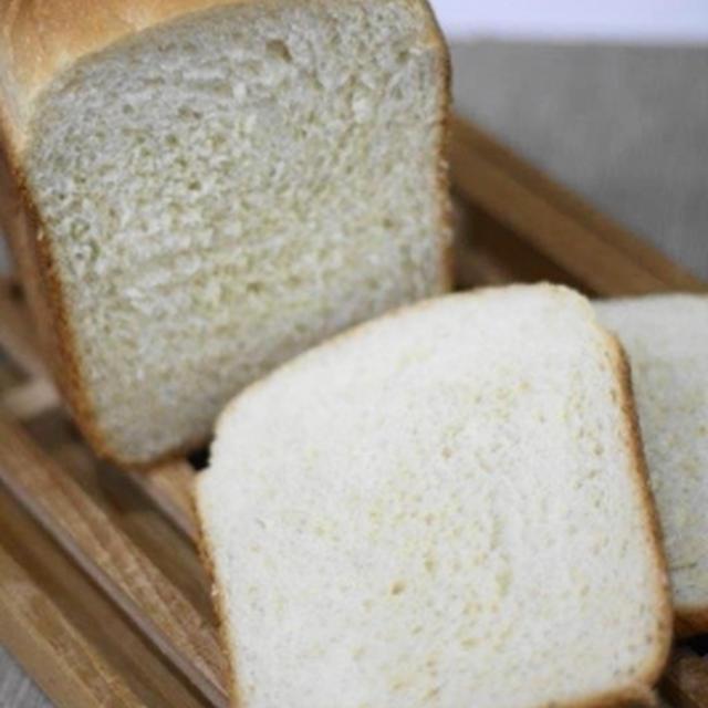 もっちりふわふわ早焼き食パン