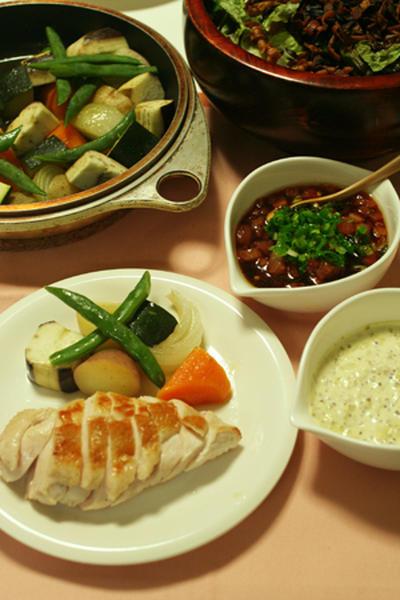 鶏ムネ肉のソテーwith紅白のソースで野菜たっぷりうちごはん