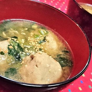 【レシピ】ほっこり★食卓に欠かせないね【鶏ごぼうとほうれん草の味噌汁】