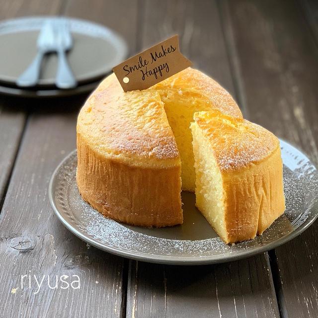 【混ぜて焼くだけ】材料4つでバニラ香るアイスケーキ