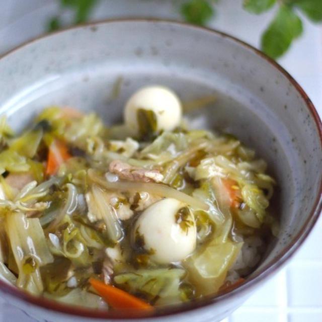 作り置きOKで!味わい深い♡高菜入り中華丼*こっちゃんの音読。
