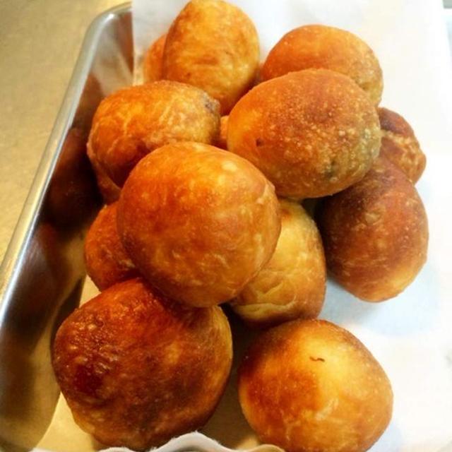 ハワイで大人気の揚げパン[マラサダ]は、ハワイアンドーナツ!!自宅で誰でも簡単に再現できるレシピ