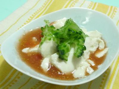 ゴーヤの塩もみ冷ややっこ トマトすり流し出汁