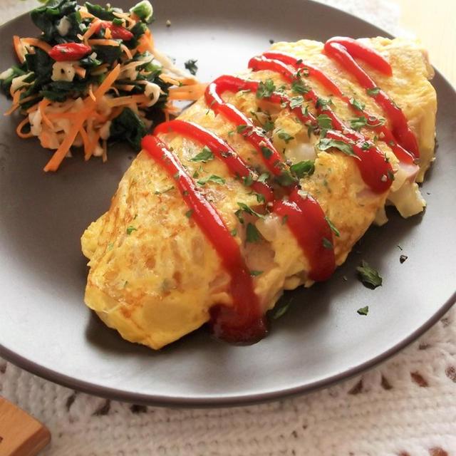 魚肉ソーセージと福神漬けのオムレツ